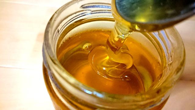 砂糖と比べると、ハチミツは断然太りにくい