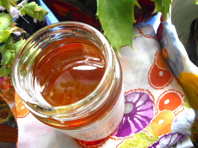 アカシア蜂蜜などのハチミツは血糖値を上げにくい。