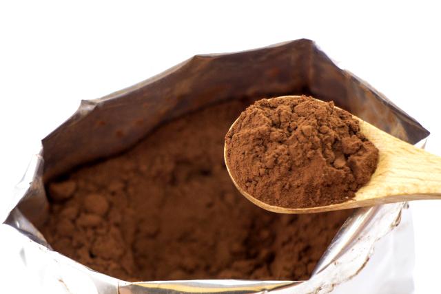 ココアに入れる砂糖の量は自分で調整。
