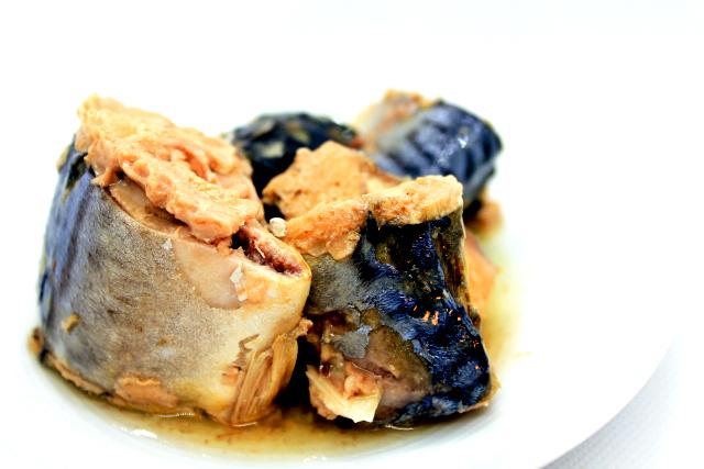 ナイアシンを多く含んだ食品 サバ