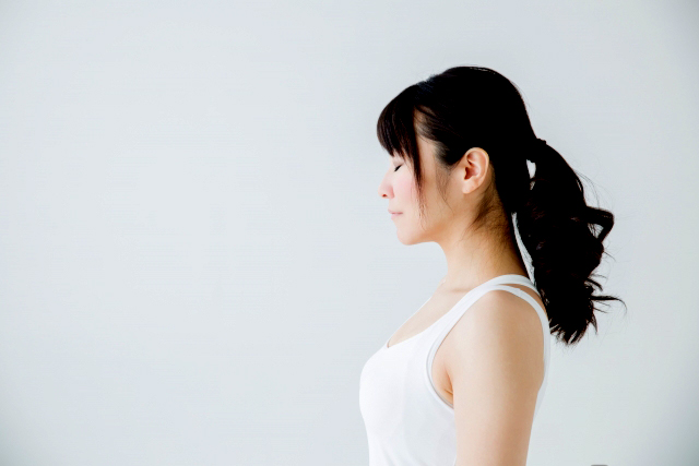 ストレスに立ち向かうために呼吸によるマインドフルネス瞑想をこまめに実践