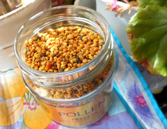 ハチミツヨーグルトにビーポーレン(蜂花粉)をプラスして花粉症対策