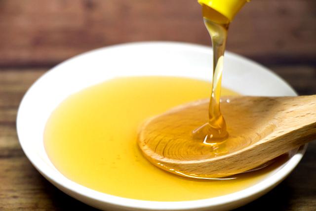 お肌が乾燥しやすい季節に、蜂蜜で保湿