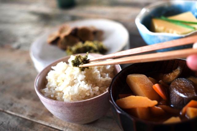 「マゴワヤサシイ」は「細胞から元気になる食事」。